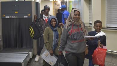 Photo of بعد احتدام الاشتباكات.. إجلاء مئات السودانيين من ليبيا