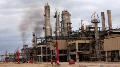Photo of سوء الطقس يوقف عمليات التصدير بالموانئ النفطية
