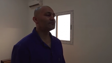 Photo of الإعلام الخارجي بالمؤقتة تكشف حقيقة الإرهابي الجزائري المسجون في ليبيا