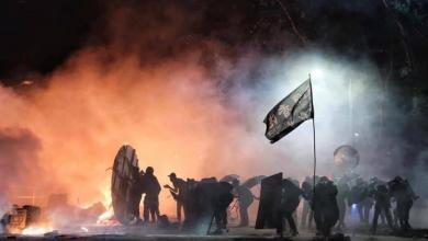 Photo of الفوضى تعم هونغ كونغ.. والمتظاهرون يحاصرون الجامعات