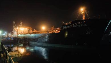 Photo of وصول 40 مليون لتر بنزين لميناء بنغازي