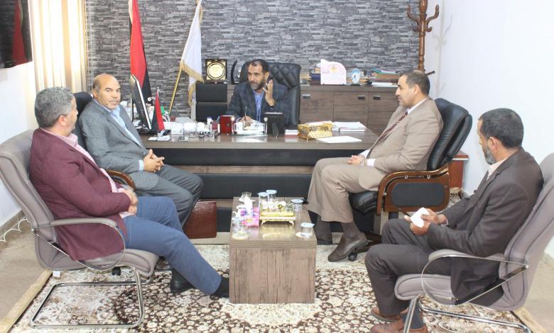 """Photo of """"الرقابة"""" تبحث سبل حل المشاكل بقطاع التعليم"""
