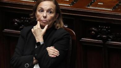 Photo of وزيرة إيطالية تعلن تراجعاً كبيراً بتدفقات الهجرة من ليبيا
