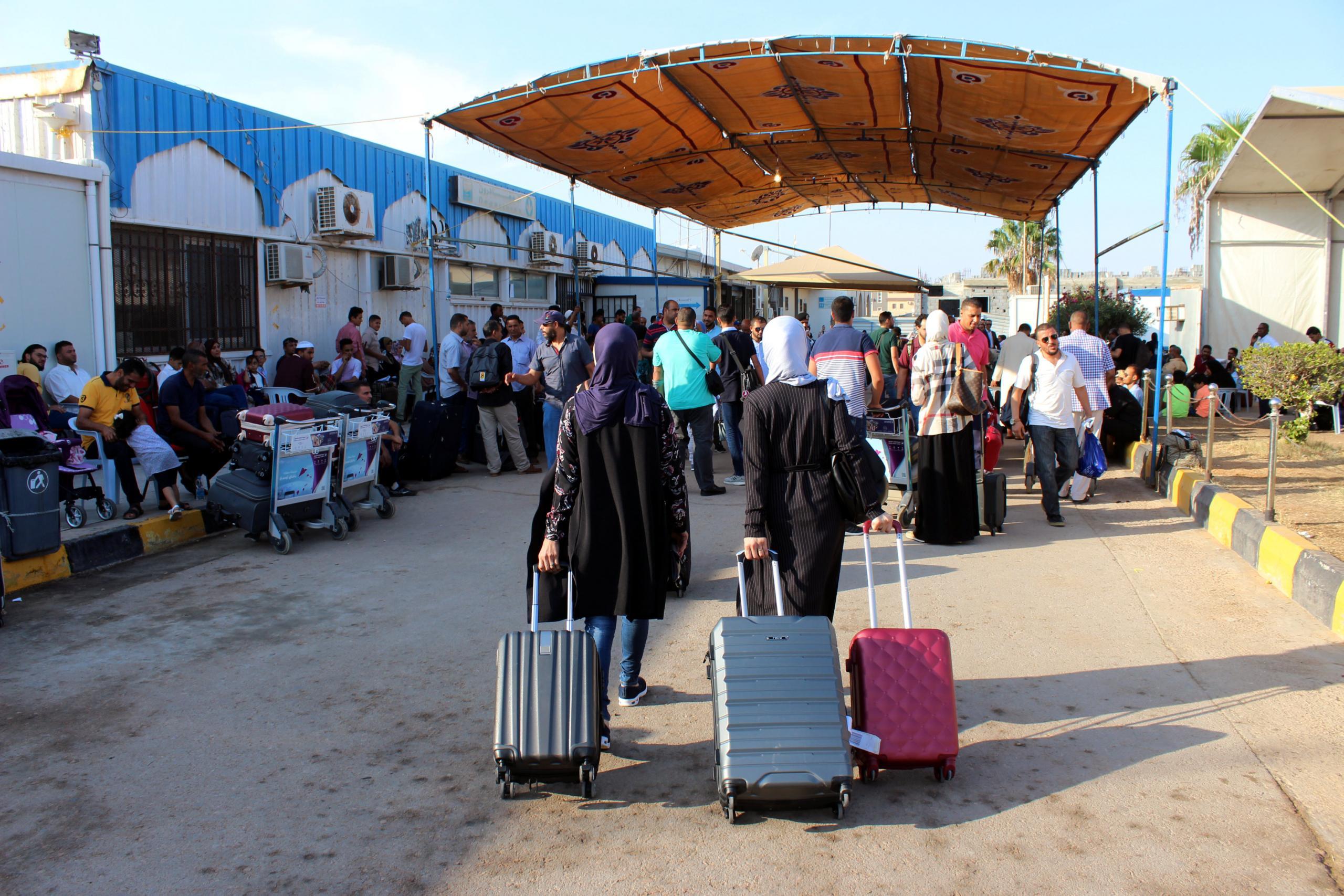 مطار مصراتة.. تعليق الرحلات إلى ومن عمان والاسكندرية