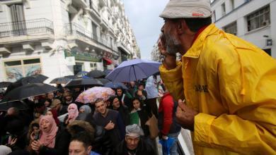 """Photo of الجزائريون يرفضون انتخابات تُعيد إنتاج """"نظام بوتفليقة"""""""