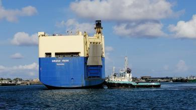 Photo of وصول 4182 سيارة كورية إلى ميناء مصراتة