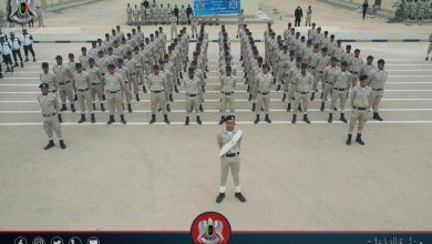 """Photo of """"داخلية المؤقتة"""" تُخرّج 1500 عضو بهيئة الشرطة"""