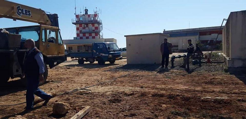 أعمال صيانة لتأهيل مطار الأبرق