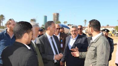 "Photo of وزير المواصلات بـ""الوفاق"" يتابع أعمال الصيانة في معيتيقة"