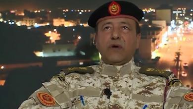 Photo of مصراتة.. مسؤول أمني ينفي استهداف الغارات لمواقع مدنية
