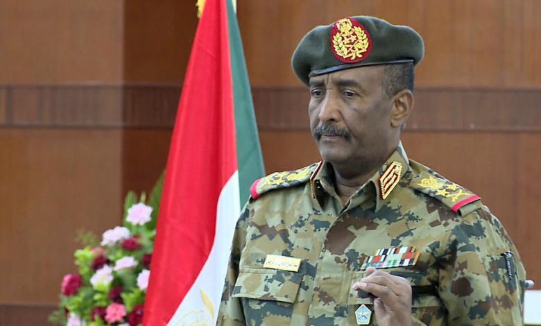 """Photo of البرهان يرفض """"تفتيت السودان"""".. ويشيد بصبر الشعب"""