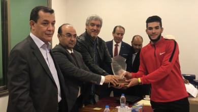 صورة تكريم لاعبي ومسؤولي منتخب الدراجات في بنغازي