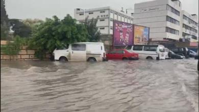 "Photo of فيضانات لبنان تكشف ""عورة الطبقة السياسية"".. وتهزّها"