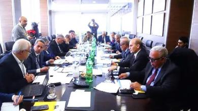 Photo of اللجنة التسييرية لتطوير حقل بحر السلام تعقد اجتماعها الرابع