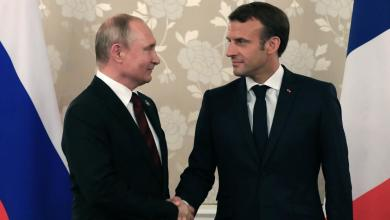 Photo of بوتين وماكرون يتفقان على حل أزمة ليبيا سياسياً