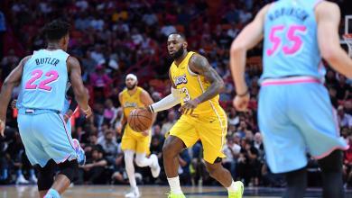 Photo of ليكرز يتغلب على ميامي هيت بدوري السلة الأمريكي