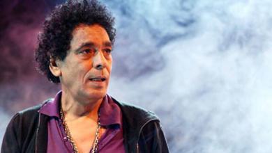 Photo of محمد منير يعلن وفاة مدير أعماله