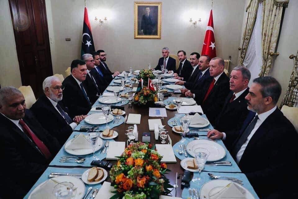 بلدية بنغازي تدين توقيع مذكرتي التفاهم بين الوفاق وتركيا
