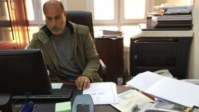 Photo of منح مالية للأسر النازحة في باطن الجبل
