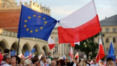 "Photo of ""مشروع قانون"" يوتّر علاقات بولندا والاتحاد الأوروبي"