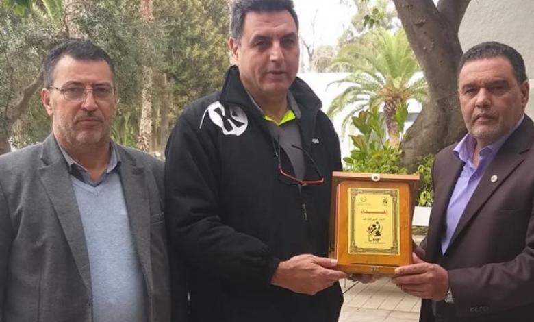 Photo of اتحاد اليد يكرم المدرب التونسي محمد الصغير