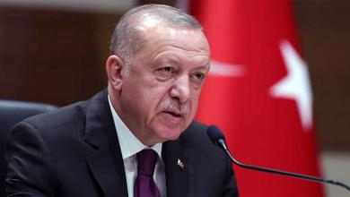 "Photo of أردوغان يعترف بإرسال ""مرتزقة"" سوريين إلى ليبيا"
