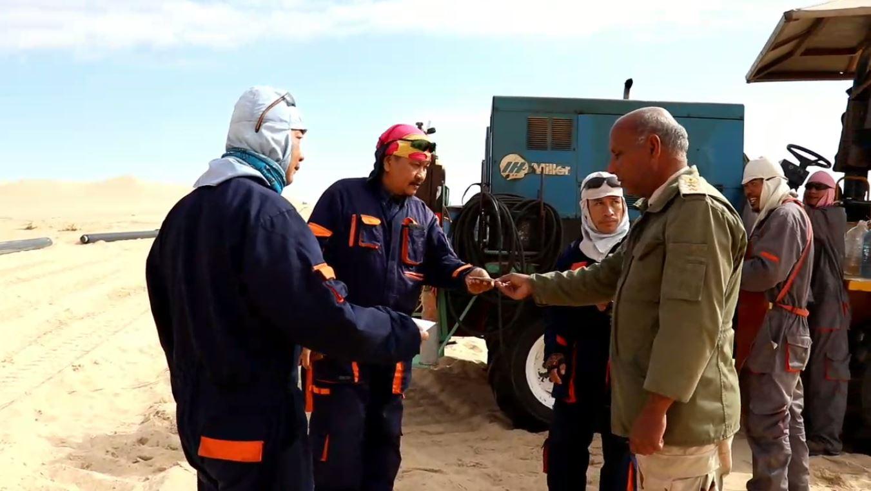 """جولة حرس المنشآت النفطية في حقل """"أبوالطفل""""-خاص 218"""