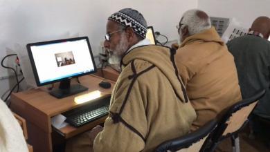 """""""بشير حسين واوو"""" لم تمنعه سنواته السبعين عن تعلم الكمبيوتر"""