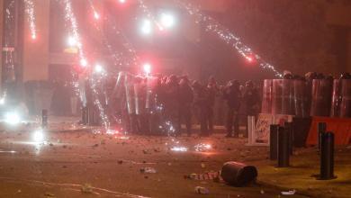Photo of يوم عنيف في بيروت يُخلّف 160 مصابا