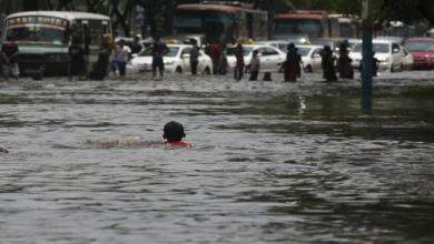 Photo of مقتل 26 شخصا جراء السيول بعد أمطار غزيرة بإندونيسيا