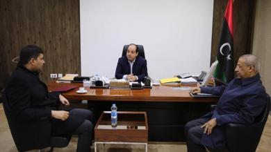 Photo of مالية الوفاق تبحث مراحل إعداد الترتيبات المالية مع معيتيق