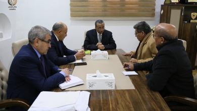 Photo of الثني يوجه بتشكيل لجنة لمتابعة أزمة الوقود
