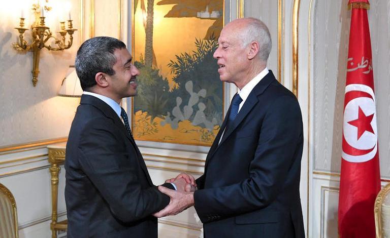 الرئيس التونسي قيس اسعيد يستقبل وزير الخارجية الإماراتي الشيخ عبدالله بن زايد آل نهيان ويناقشا تسوية الأزمة الليبية
