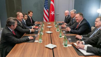 """Photo of وزير الخارجية الأميركي يلتقي نظيره التركي على هامش """"برلين"""""""