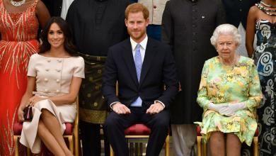 Photo of رسميا.. هاري وميغان خارج القصر الملكي