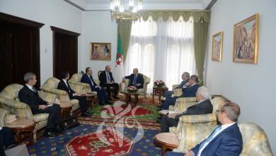 Photo of الجزائر وتركيا تدعوان لعدم تعقيد الوضع الليبي