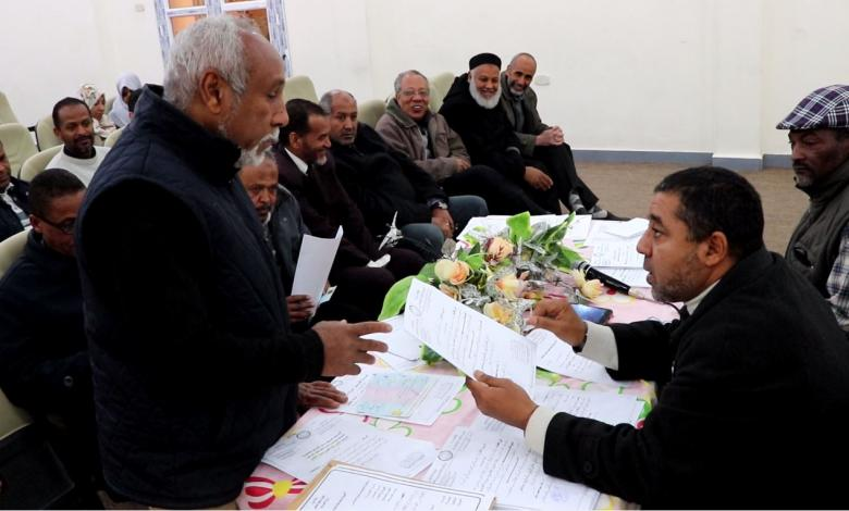 Photo of توزيع صكوك الميزانية التشغيلية لمدارس غدامس