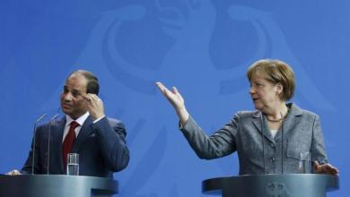 Photo of ميركل تطلع السيسي على جهود تسوية أزمة ليبيا