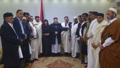 Photo of عقيلة صالح يلتقي أعيانا من قبائل الجبل الغربي
