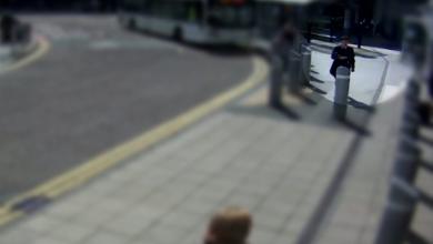 Photo of فيديو يوثّق لحظة تفقّد مُفجّر مانشستر أرينا لقنبلته