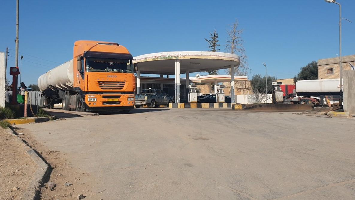 كميات كبيرة من الوقود تصل مدينة ترهونة