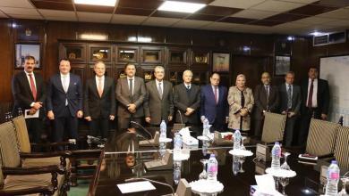 صورة مساعٍ لتشجيع شركات الكهرباء المصرية للعمل في ليبيا