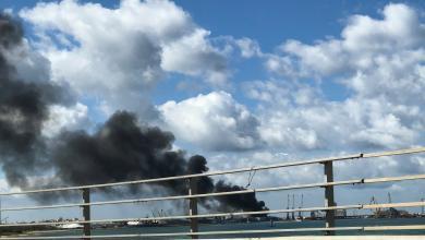 Photo of بعد القصف.. إخلاء ناقلات الوقود من ميناء طرابلس