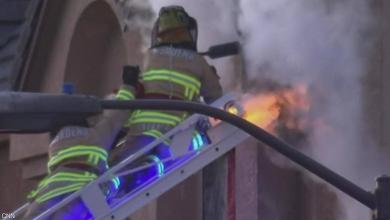 Photo of هجوم شرس من خلية نحل على رجال إطفاء