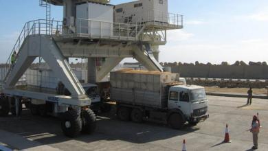 Photo of ميناء الخمس .. سيارات مستعملة و شحنات من القمح