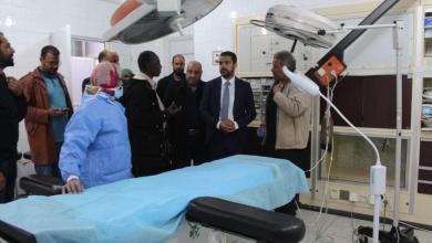Photo of العيضة يتفقد مستشفى تازربو لمتابعة المشاريع الصحية الجديدة