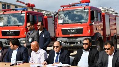 """Photo of """"الوطنية للنفط"""" تدعم مدن الجنوب الشرقي بسيارات إطفاء"""