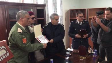 صورة طبرق .. تكريم مدير الأمن والآمر العسكري للمنطقة والمنتسبين