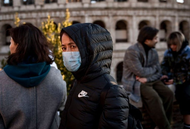 ارتفاع مصابي فيروس كورونا في إيطاليا إلى 157 حالة