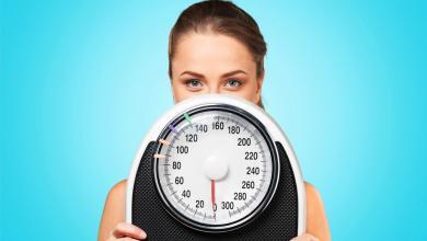 """صورة تخلصت من """"عادة شائعة"""" فخسرت 70 كلغ من وزنها"""